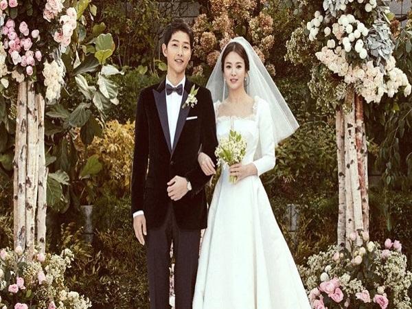 ảnh đám cưới song Hye Kyo và song joong ki