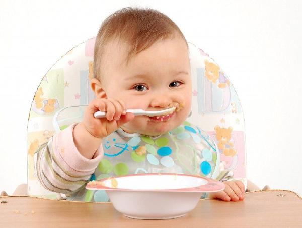 giúp bé ăn ngon miệng