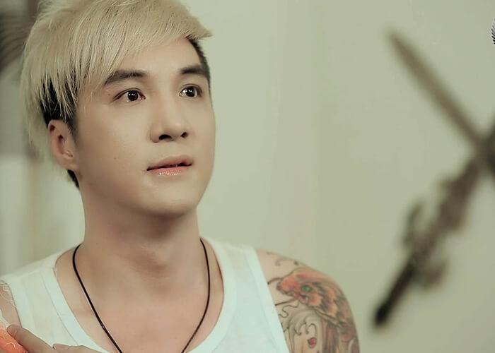 Tiểu sử ca sĩ Lâm Chấn Khang