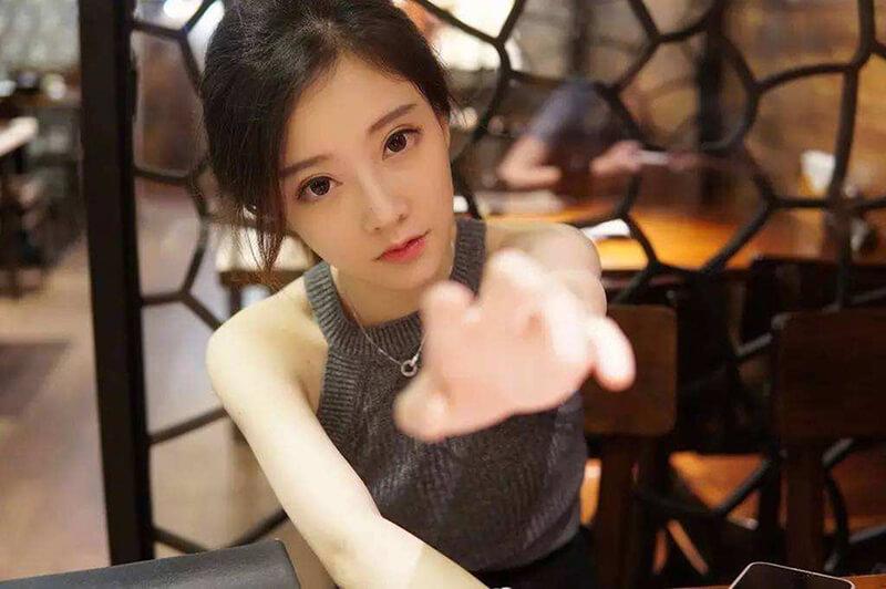 Feng Timo 1- Cô nàng xinh đẹp là mộtstreamer nổi tiếng tại Trung Quốc
