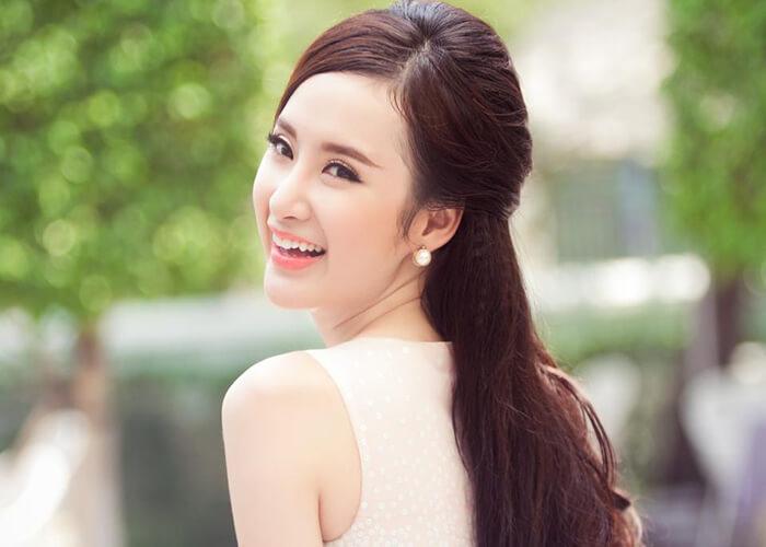 Tiểu sử Angela Phương Trinh