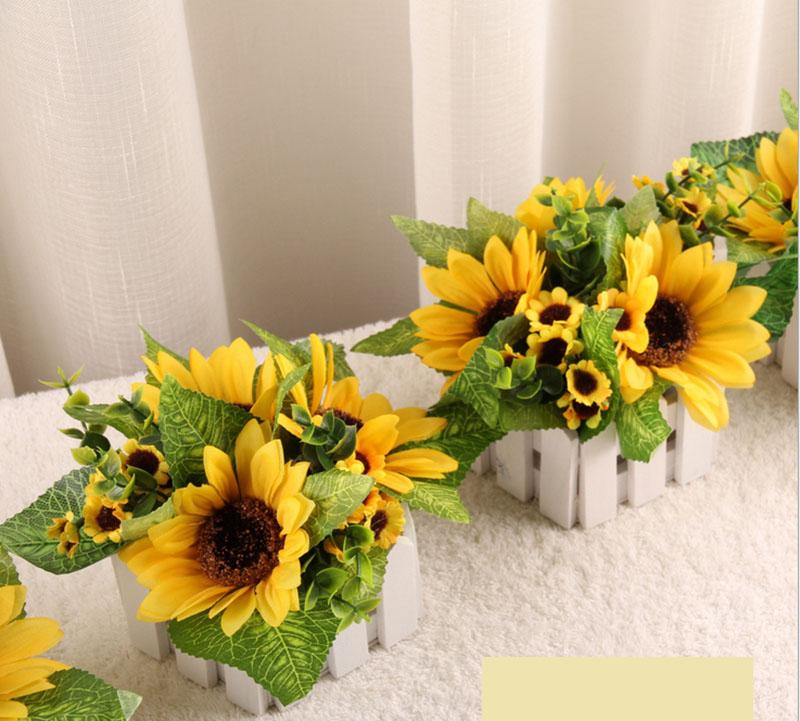 Hoa hướng dương sở hữu vẻ ngoài rực rỡ, bừng sáng như ánh nắng mặt trời